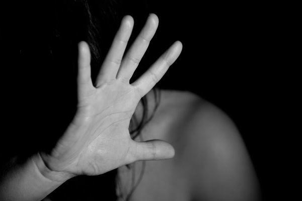 Gravidanza: un sogno interrotto dalla violenza